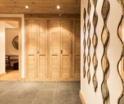Chalet Mirach: Ski room