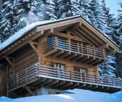 Chalet Soul: Outside view